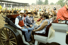 Tom_Dayna_Friends_Ellenburg_Rodeo_Arena_Carriage