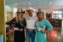 Tom_with_2016_Rodeo_Canada_Queen_and_Rodeo_America_Queen